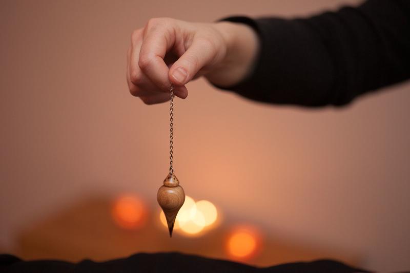 6. Pendulum in Hand
